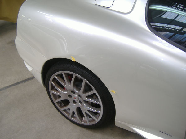 600|450|マセラティグランスポーツの板金塗装2